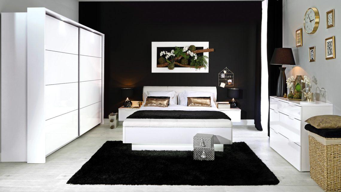 Łóżko i jego otoczenie